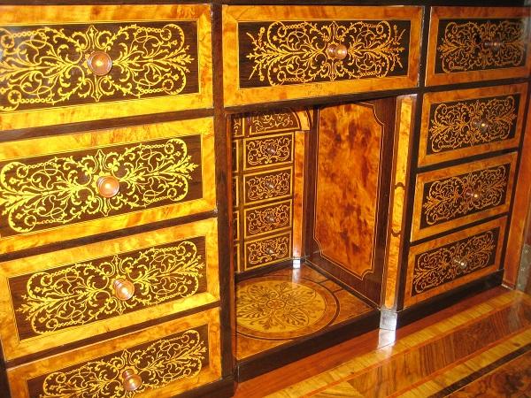 Restauro mobili milano restauro conservativo mobili - Di tommaso mobili ...